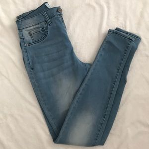 High rise jeggings- size 3